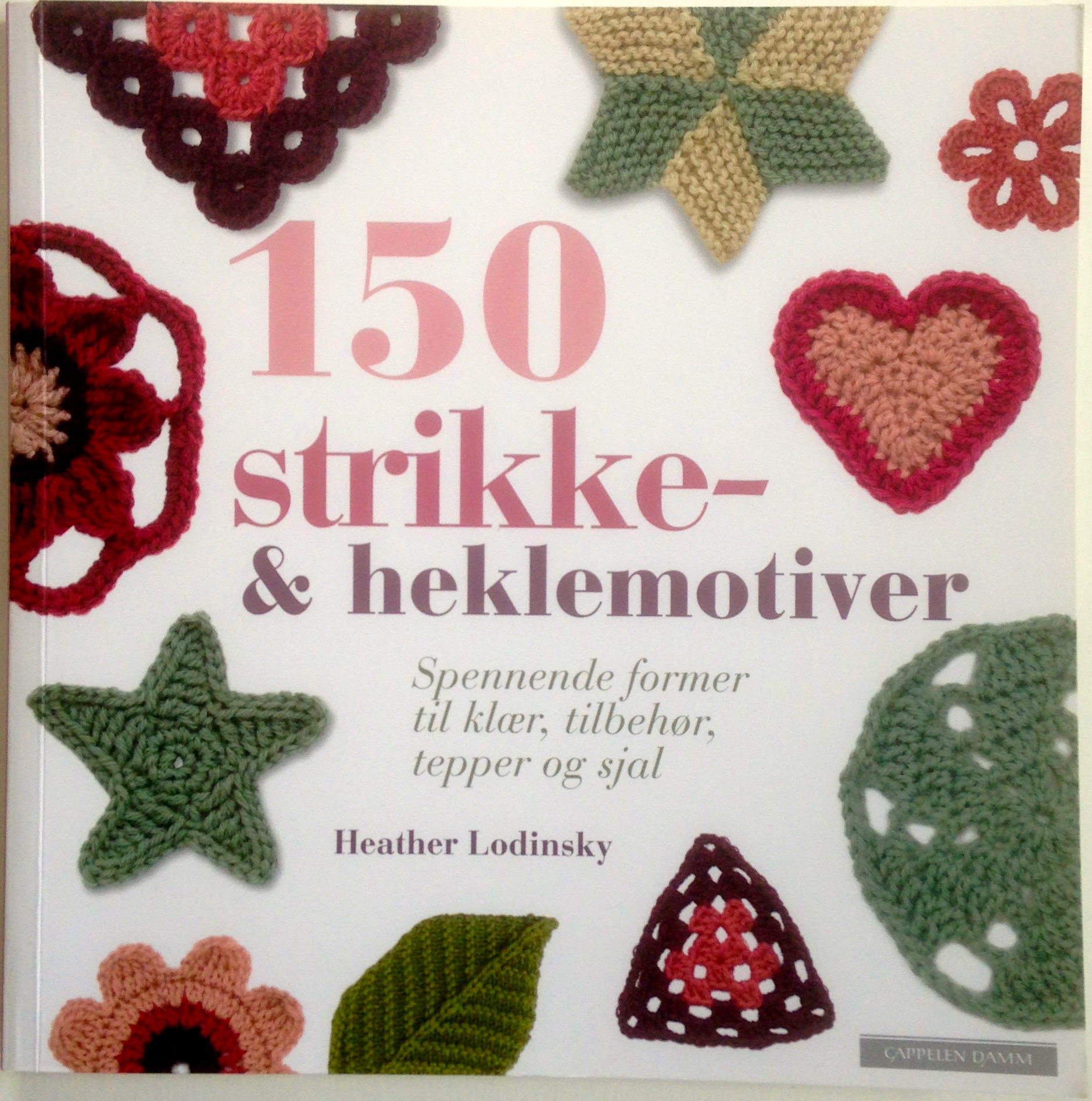 150 strikke- & heklemotiver