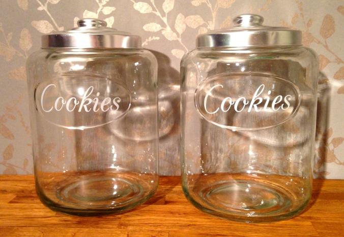 Mine nye garnglass. / My new yarn jars.